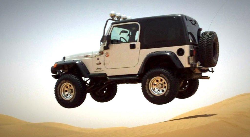 xavier-mongin-jeep